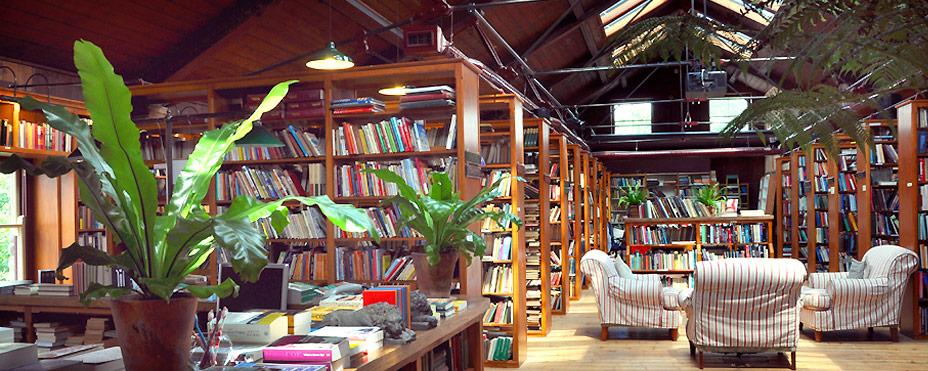 richard booth bookshop. Black Bedroom Furniture Sets. Home Design Ideas